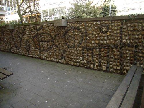 Keienmuur Horecavakschool Rotterdam